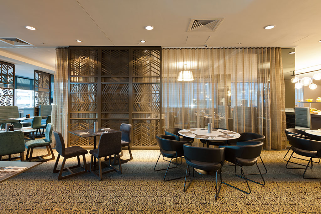rydges hotel_restaurant, sydney international hotel