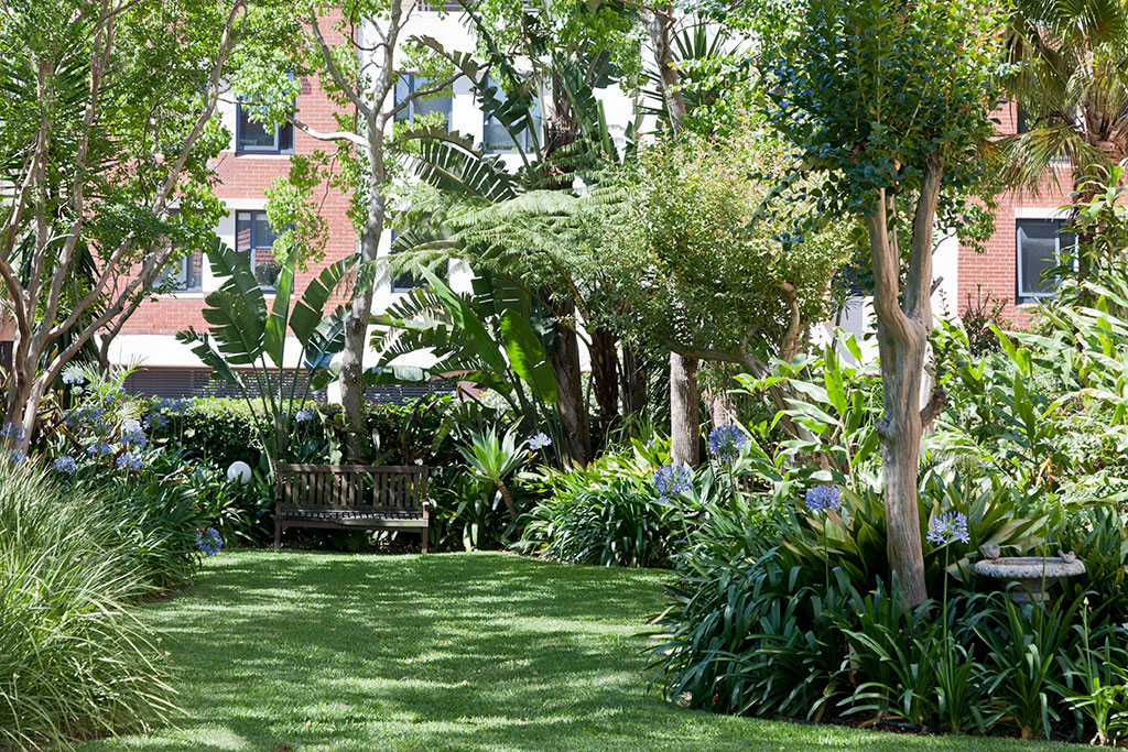 Moore Park Gardens landscaped courtyard